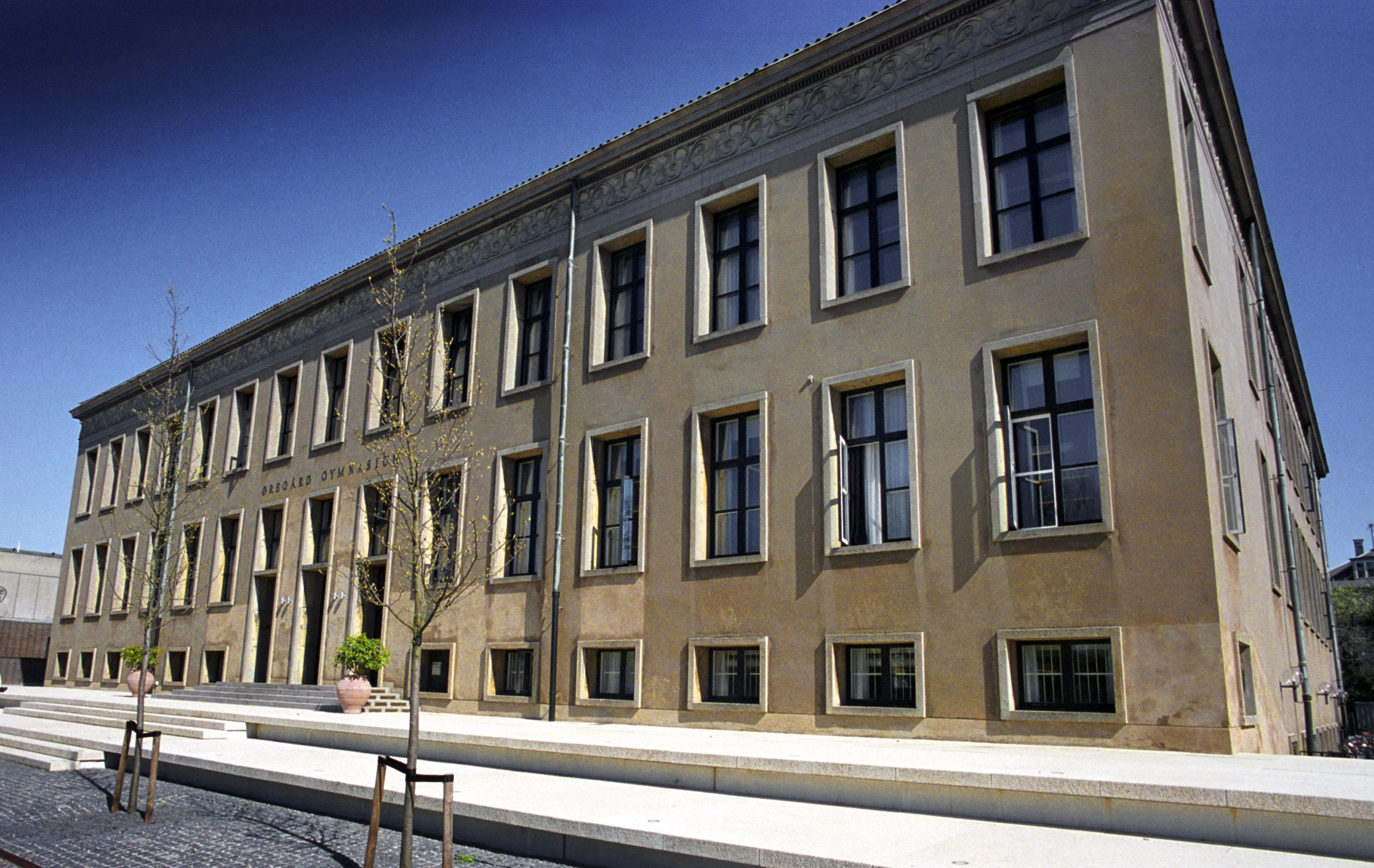 Øregård gymnasium i Hellerup