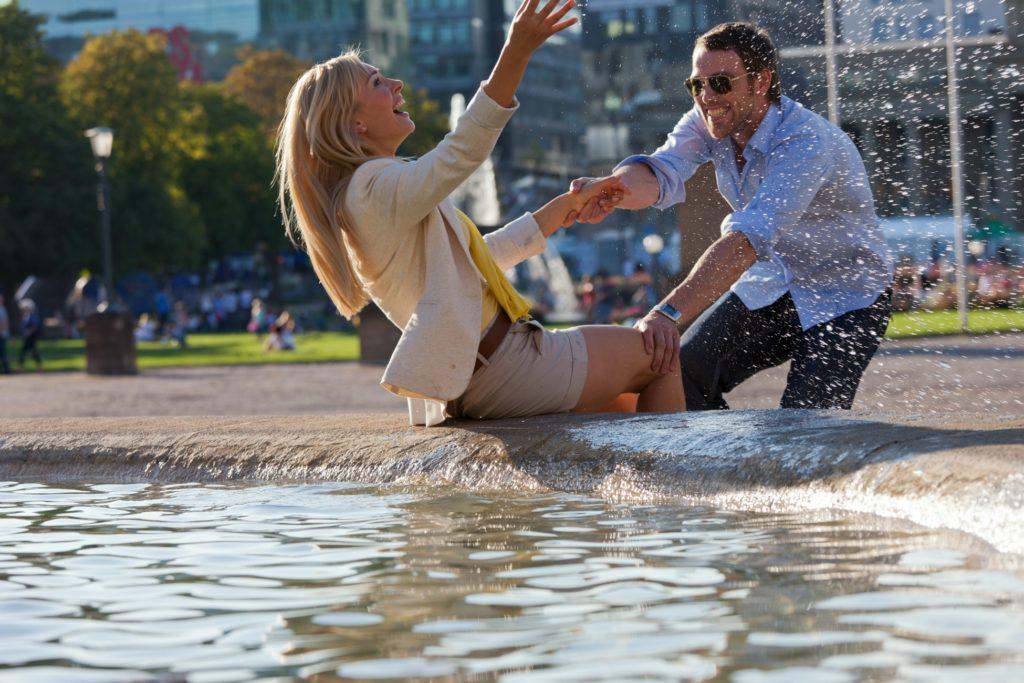 lykkelige par, fjolleri, springvand