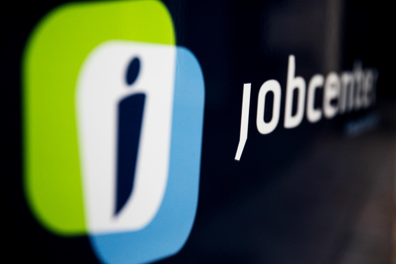 ung, unge, job, jobsøgning, jobansøgning, arbejdsmarked, ansættelse, forsørgelse, jobmarkedet, jobcenter, støtte, økonomisk støtte