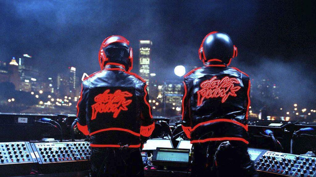 Hvem er de egentlig, Daft Punk? (Foto: Netflix)