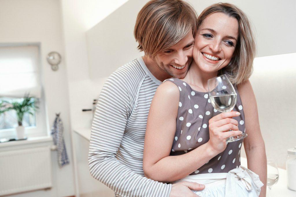 Par, der krammer, lykkelige par