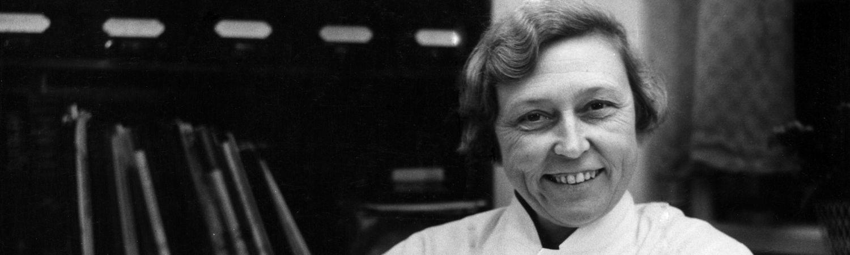 grethe olsen, plastikkirurg, plastikkirurgi, danmarks første kirug, verdens første kvindelige plastikkirurg, aleris-hamlet,
