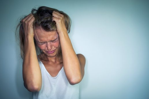 Der er over dobbelt så stor risiko for depression, hvis din mandlige kollega tjener mere end dig. (Foto: All Over)