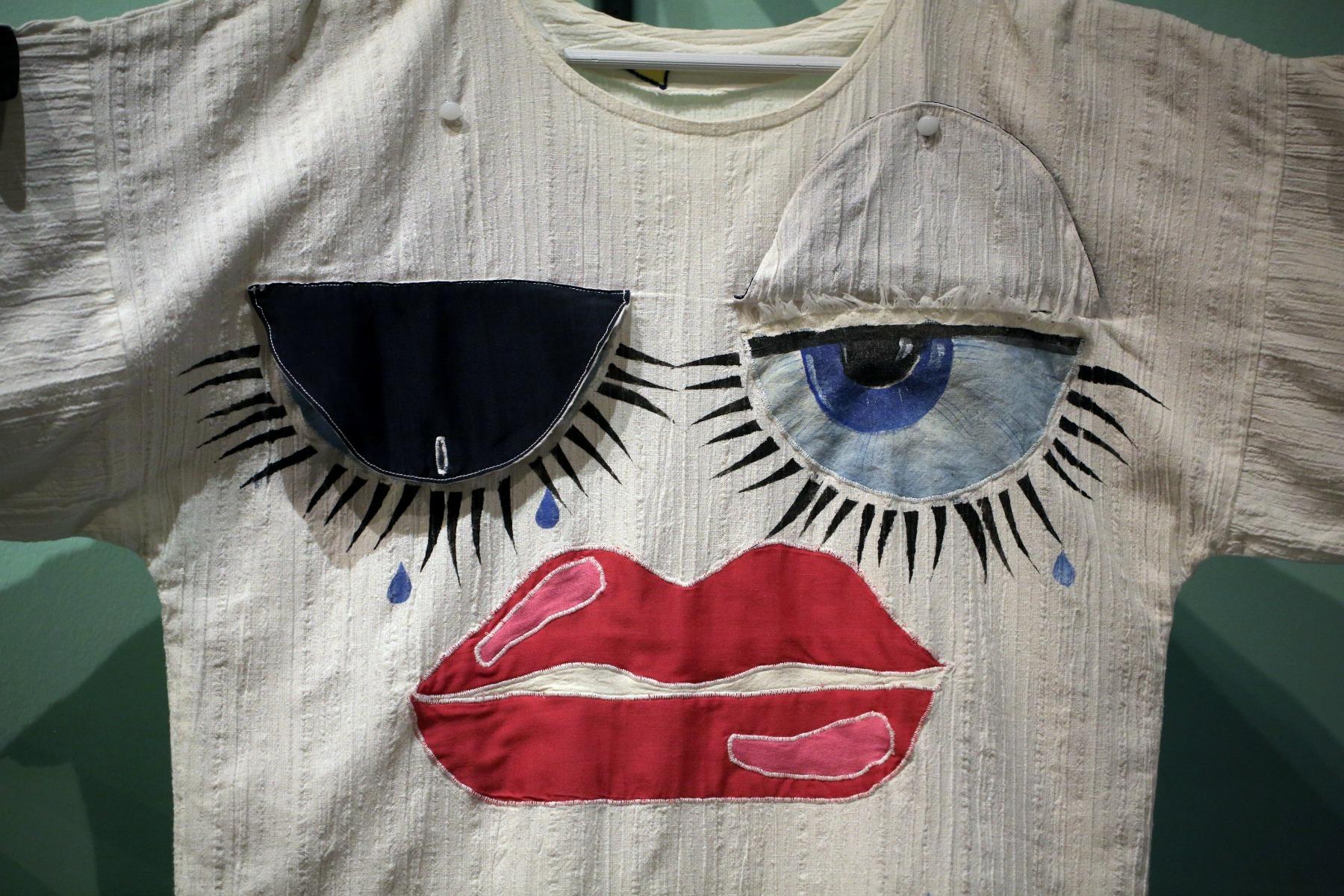 vintage retro t-shirt øjne, læbestift