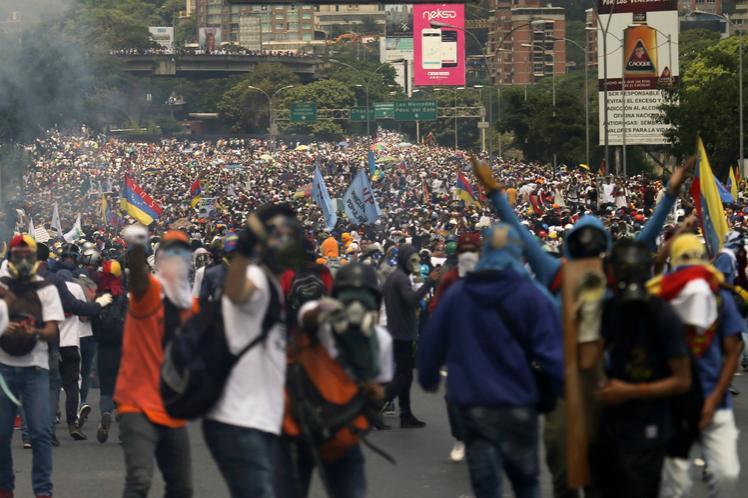 venezuela demonstration, protestanter, caracas