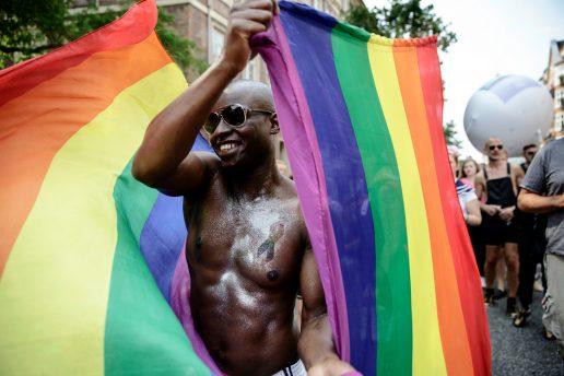 homoseksuel, homoseksualitet, krimi, kriminelt, politi, dødsstraf, kærlighed, sex, parforhold, orientering, seksualitet, rettigheder, ligestilling, forbudt,