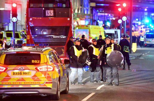 terror, terrorangreb, angreb, varevogn, kniv, knivstik, dræbte, sårede, london bridge, london, borough market, gerningsmænd, politi, krimi,