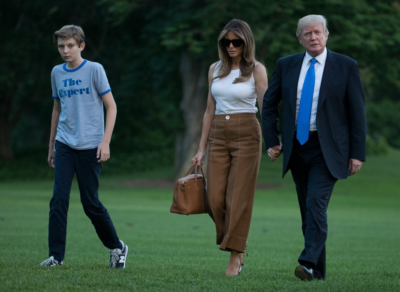 melania trump, baron trump, donald trump, præsidentfamilien, førstedamen, præsidenten, usa, amerika, flyttet, flyttet ind, det hvide hus, præsidentboligen