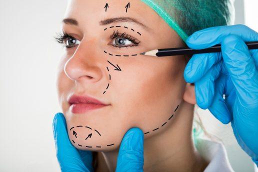 plastikkirurgi, unge, kropsimage, kroppen, kvindekroppen, bodyimage, plus size, skinny, indgreb, operationer, lipfillers, brystforstørrelse, unge, selvtillid, selvværd, danmark, indland,