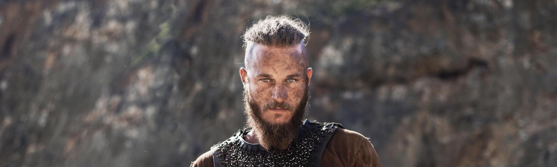 ragnar lothbrok, ragner lodbrog, vikings, viking, vikingesagn, sagnkonge, sagn, saga, vikingesaga, sagaen om ragner lothbrok og hans sønner, travis fimmel, saxo, aslaug, thora, lagertha, hvitserk, ivar, bjørn, sigurd, harald, paris, siege of paris, charles den skaldede, tog, viking, vikingeskibe, danmark, norge, sverige