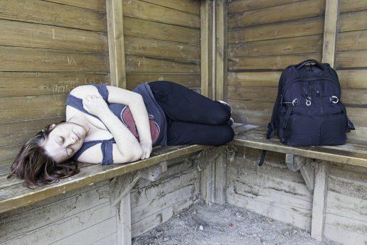 kvinder, hjemløse, hjemløs, unge, unge hjemløse, bolig, billige boliger, parker, herberg, stigning, socialt