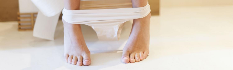 trusser, menstruation, udflåd, blodklumper, surprice, ulækkert men normalt