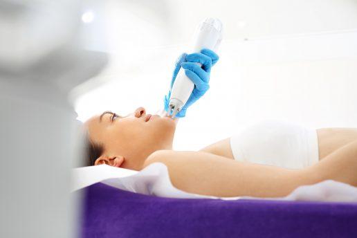 hårfjerning, hårreduktion, behandling, hår, aleris-hamlet hospitaler, kosmetisk behandling, ninna hjardemaal, kosmetisk sygeplejerske, laser, laserbehandling, mørke hår, lyse hår, lys hud, mørk hud, hårhæmmende, bedøvelse, hud, provokeret hud, efterår, efterårsbehandling, mænd, kvinder, kroppen, kropsbehandlinger, hårvækst, uønsket hårvækst