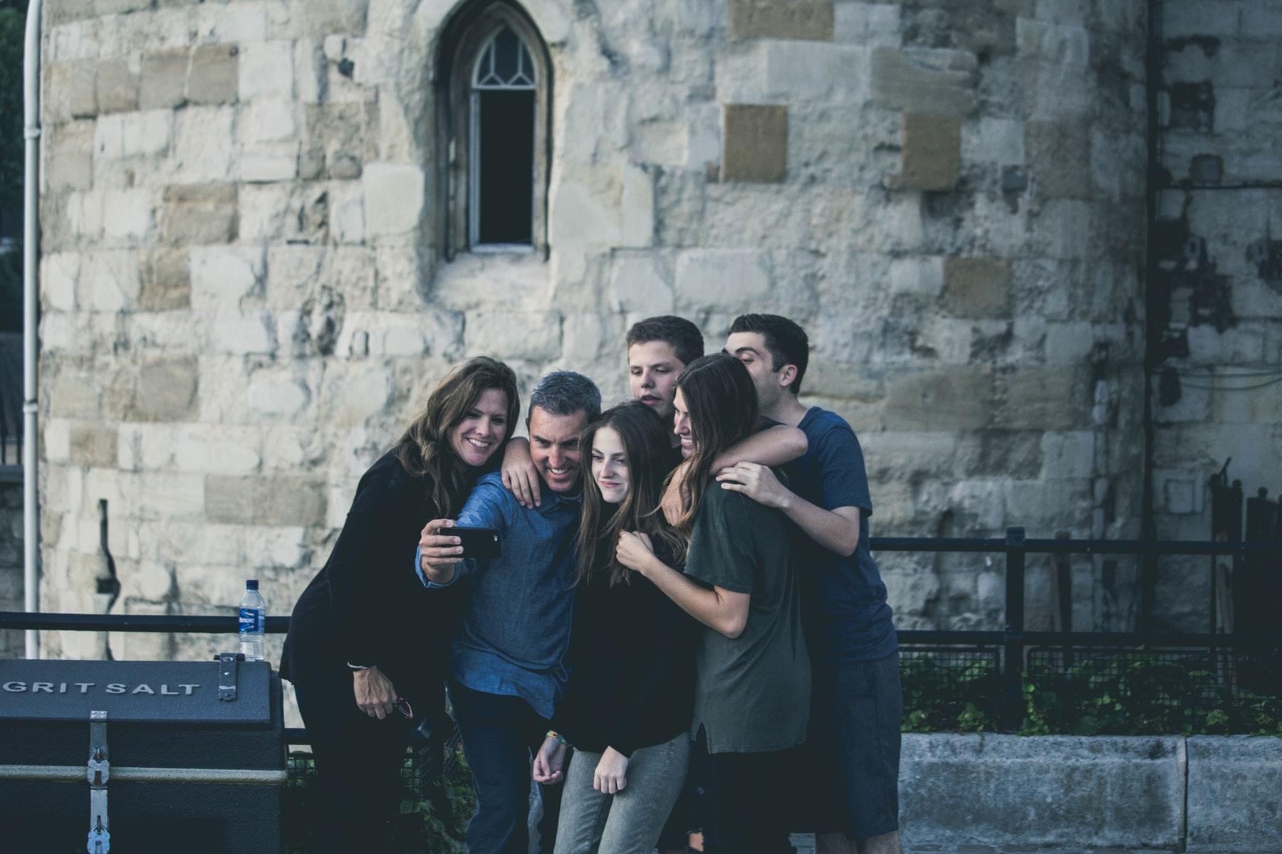kidulting, venskab, fællesskab, venner, trend, trends, barndom, barnlig, nostalgi