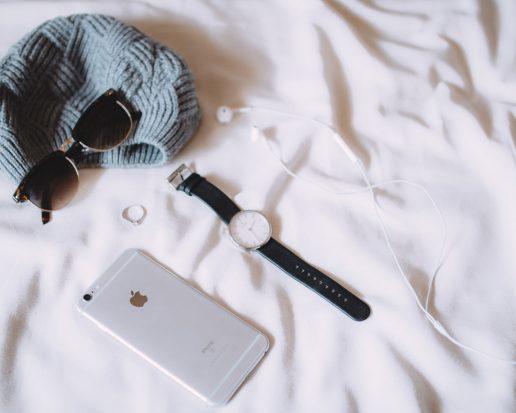 ting, miste ting, glemmer, smider væk, telefon, solbriller, sur, ring, hat