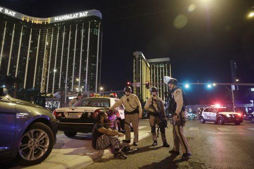 las vegas, mandalay bay, the strip, usa, skyderi, masseskyderi, hotel, drab, dræbte, sårede, politifolk, sherif, lokal, gerningsmand, død