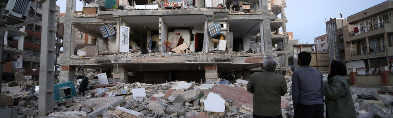 jordskælv, iran, irak, richertskalaen, døde, sårede, murbrokker, redningsarbejde, redning, strømafbrydelse, dødsfald, katastrofe