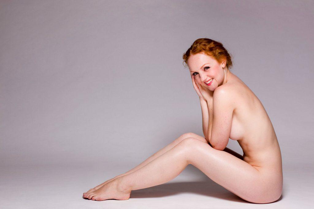 kari traa, sport, træning, kroppen, kvindekroppen, kvinder, kvinde, selvtillid, ansigt, lår, numse, ryg, nakke, bryster, hofter, talje, kropsimage, bodyimage,