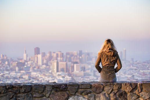Rejse alene, rejseguide, storby, ferie, kvinde