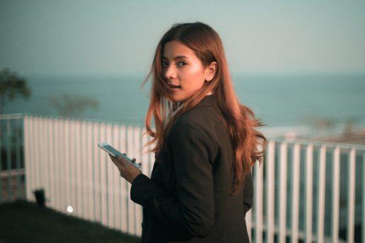 Fjern sidst aktiv på instagram, kvinde, telefon, iphone, sociale medier