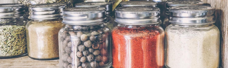 opbevaring, krydderidåse, krydderier, indretning, design, rod, orden, orden i dine krydderier