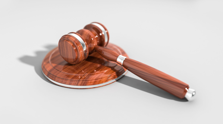 krimi, retten, retssag, dom, domsafsigelse, afgørelse, retten