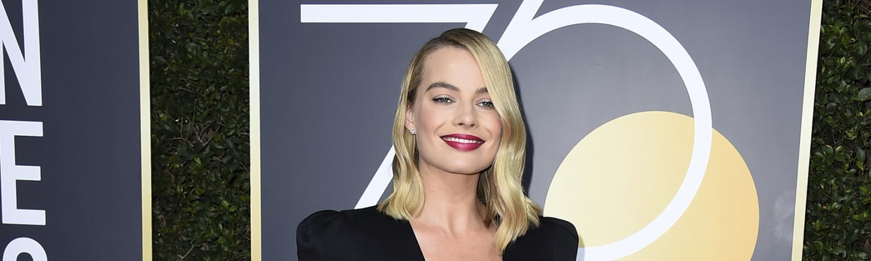 The Golden Globes 2018, Margot Robbies, Margot Robbie, frisure, hår, styling, kendte, golden globe, rød løber, margot, moroccanoil, Bryce Scarlett