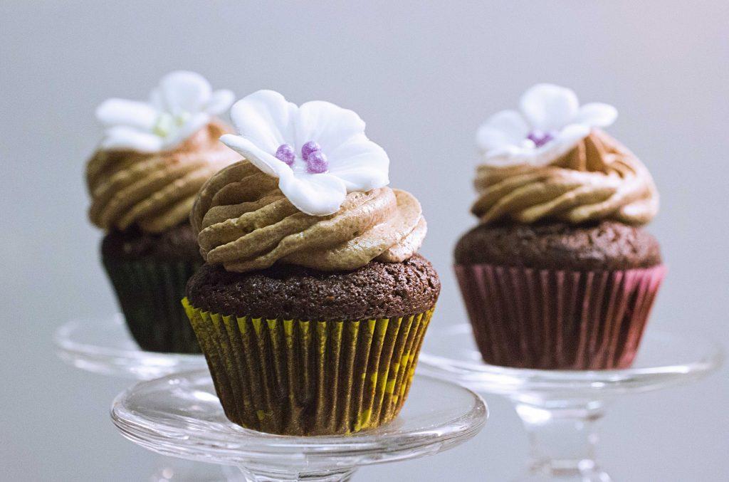 bagværk, chokolade, nutella-dag, chokoladekage, nutella, nutellakage, cupcakes, nutella cupcakes, frosting, nutellafrosting, mad, sukker, opskrift, kageopskrift, nutellaopskrift, international nutelladag,