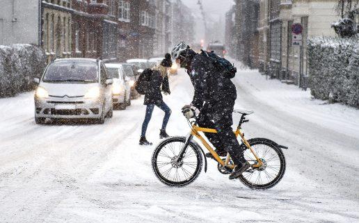 sibirien, kulde, vinter, sne, is, fygning, snefygning, frost, minusgrader, danmark, februar, chillfaktor, vind, sne, slud, glat, siglat, is, vejret,
