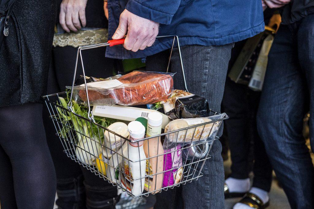 stop spild af mad, surhs højskole. forbrug, historie, overlevelse, rationering, mangel, fødevarer, madspild, overskudsmad, rester, mad,