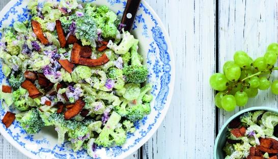 broccolisalat sunde skåle