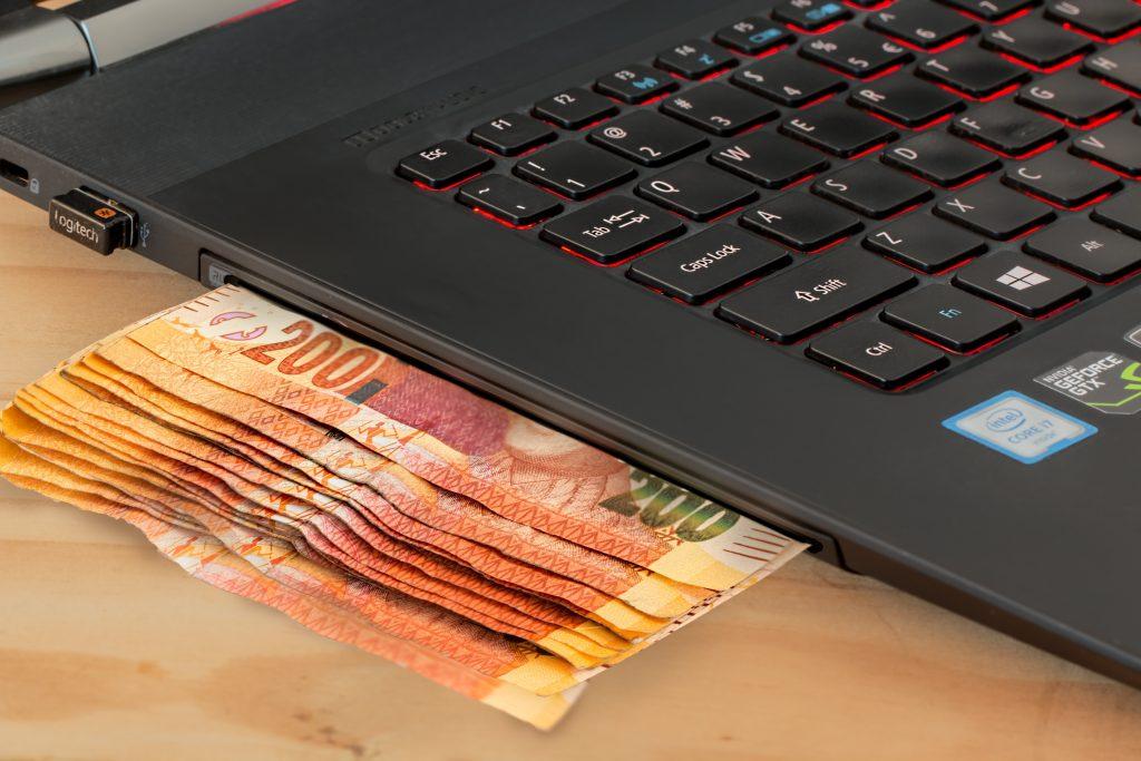 computer gambling (Foto: Pexels)
