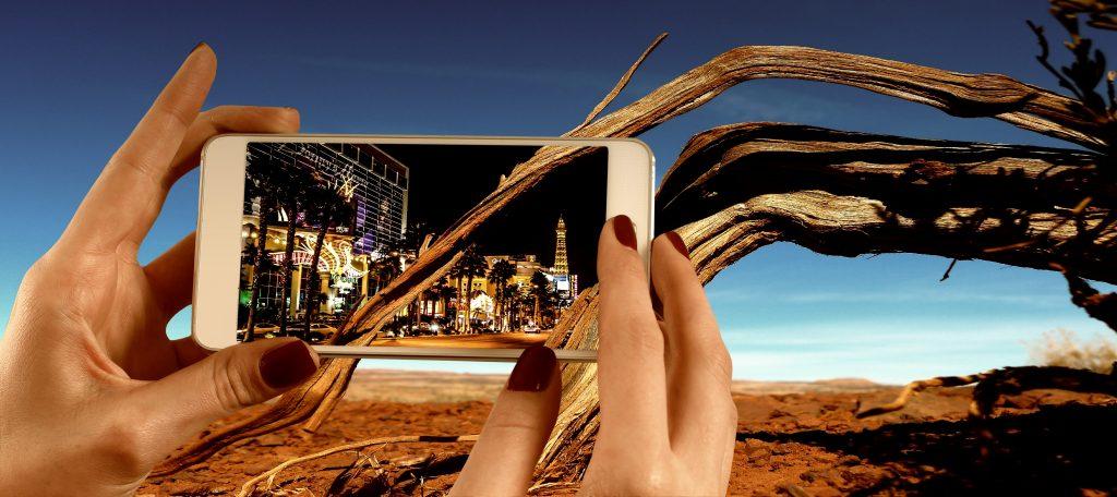 mobil telefon skærm (Foto: Pxhere)