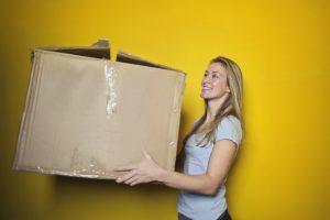 Flytte flytte hjemmefra flytter unge