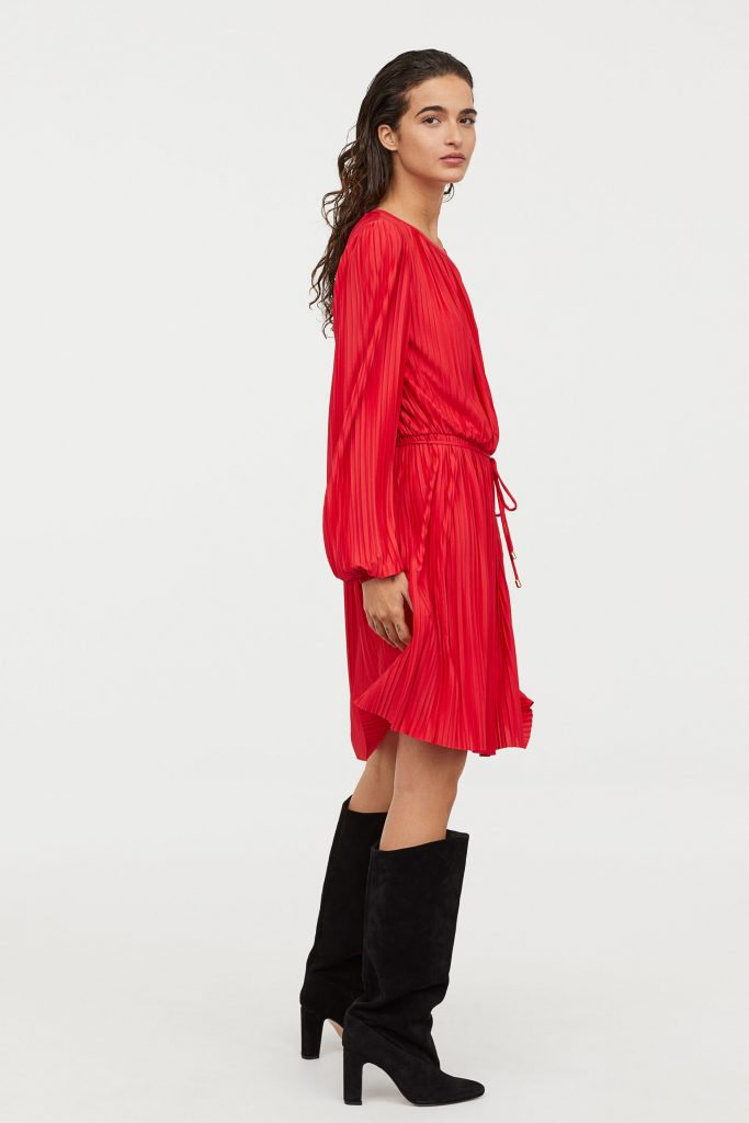 h&m kjole rød plisseret
