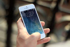 iphone mobil søvn skærm Foto: Pxhere)