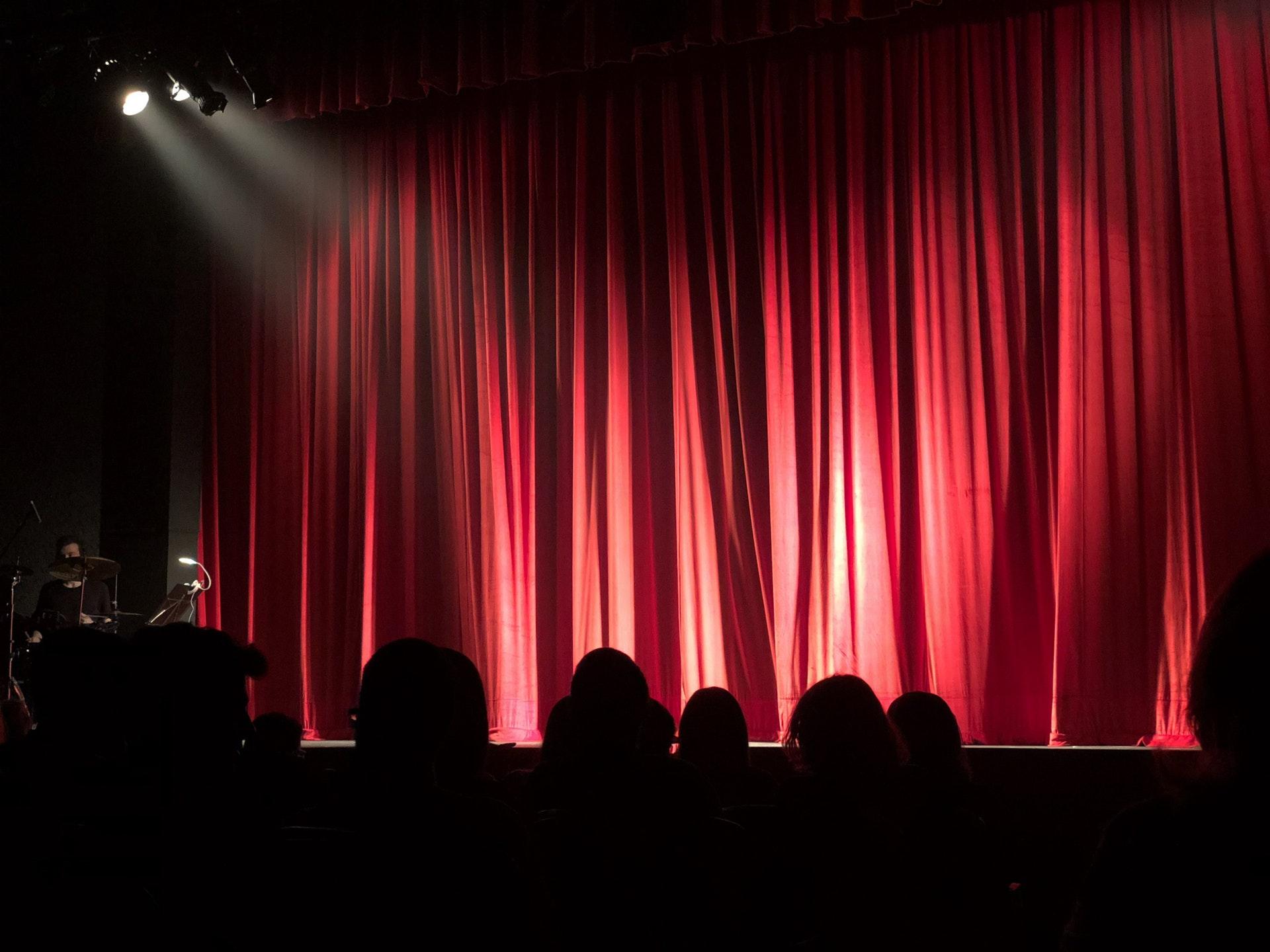 Teater, teaterstykke, publikum, forestilling