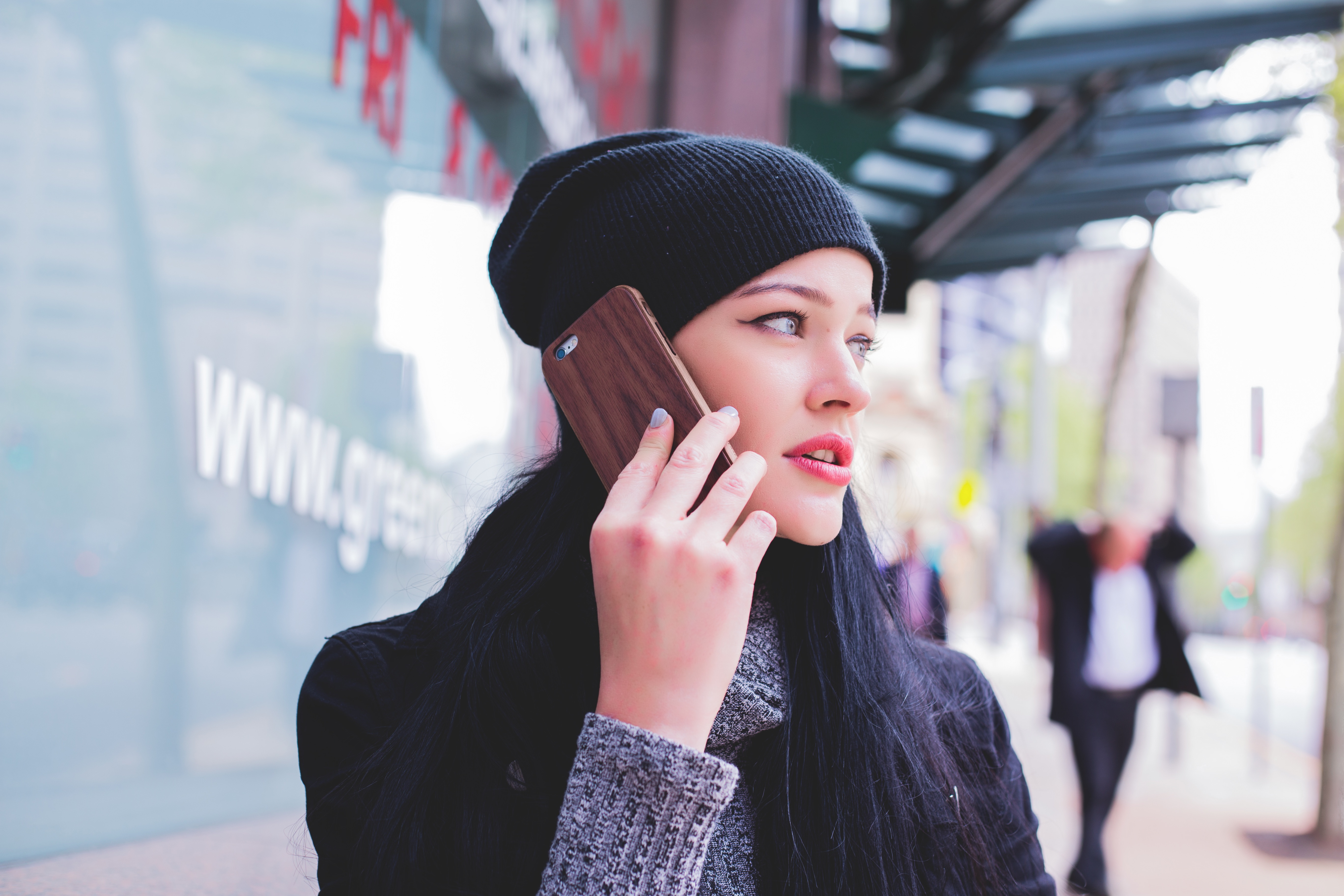 hånd mobil snak pige mobiltelefon (Foto: Pxhere)