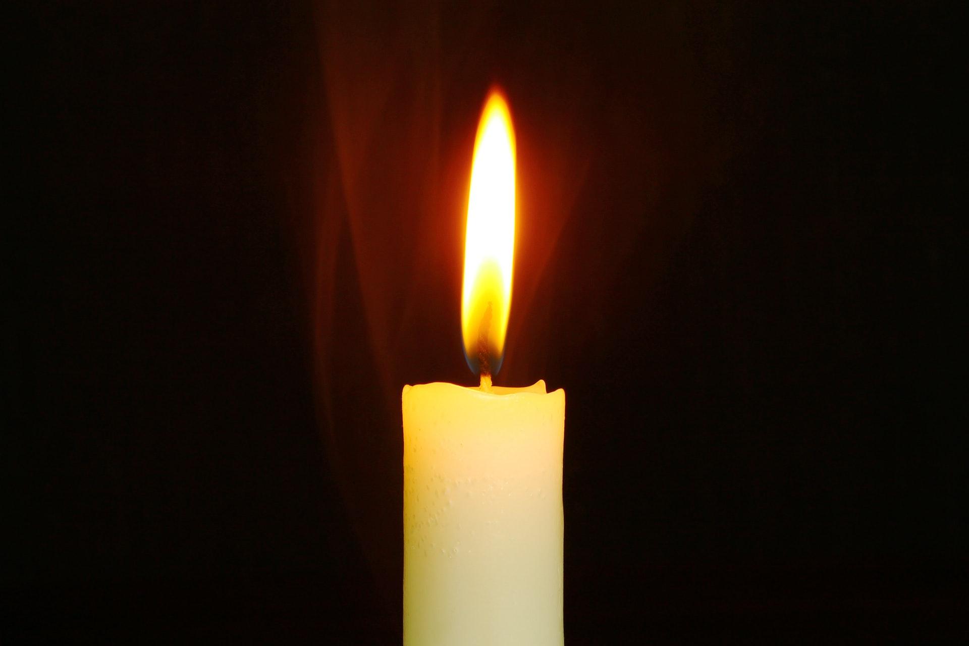 Stearinlys, lys, røgalarm, brand