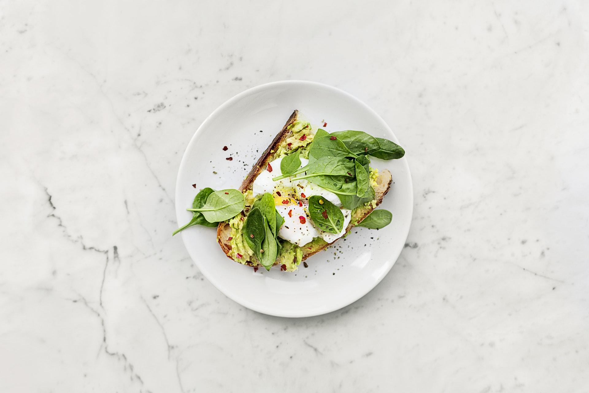 Mad, salat, sundt, sundhed, madspil, aftensmad, middag, frokost