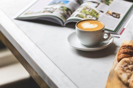 kaffe hygge weekend (Foto: Unsplash)