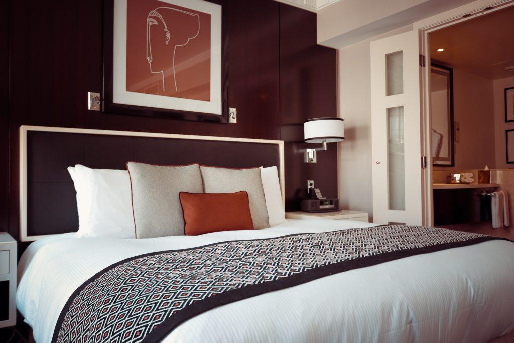 soveværelse seng indretning sove (Foto: Pxhere)