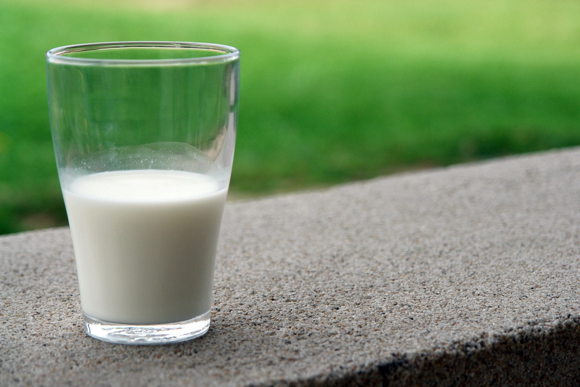 Mælk, arla, mad, madspild, drik, tørstig
