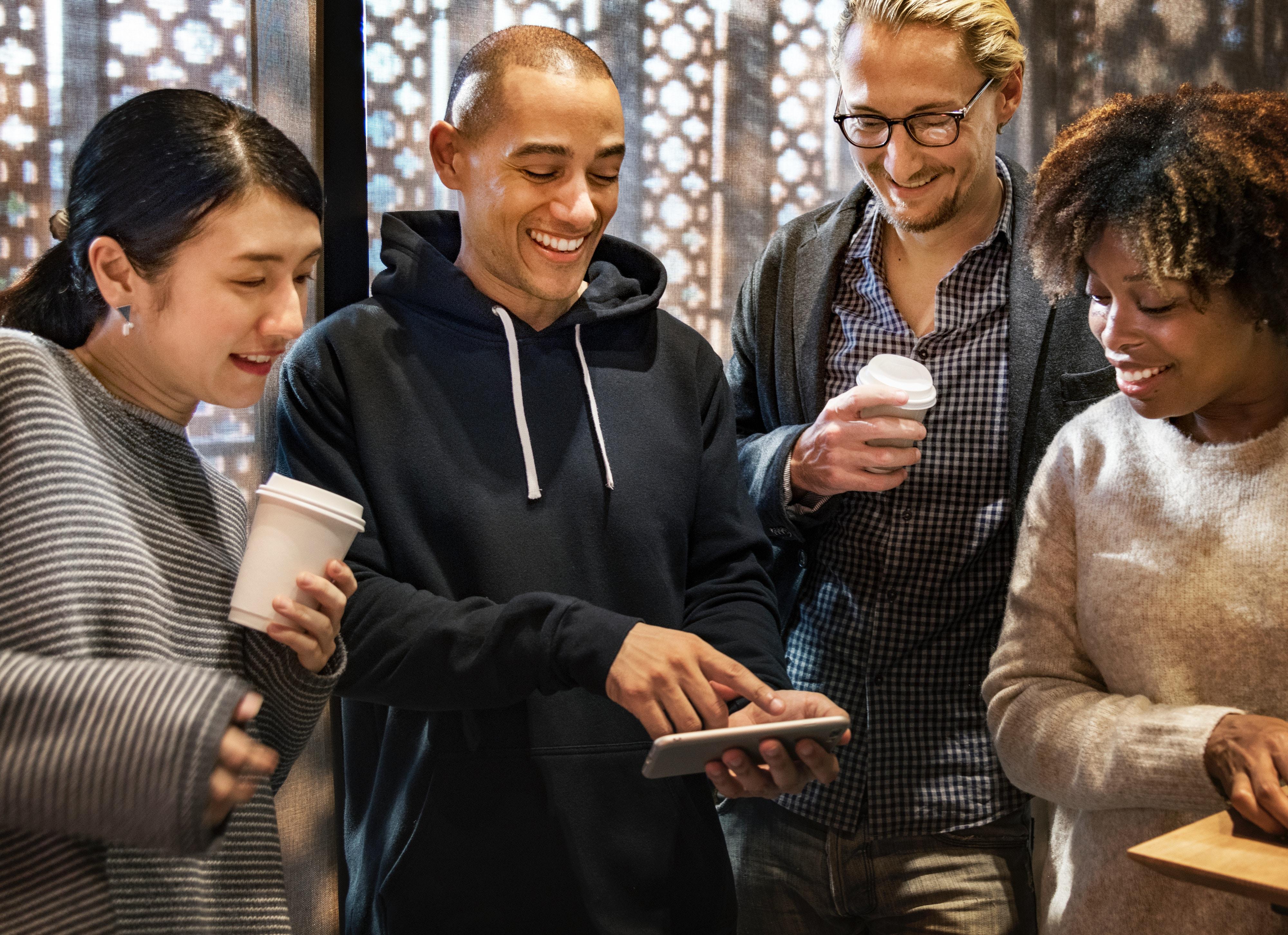 netværk, møder, mennesker. introvert, ekstrovert, personlighed, type, menneske