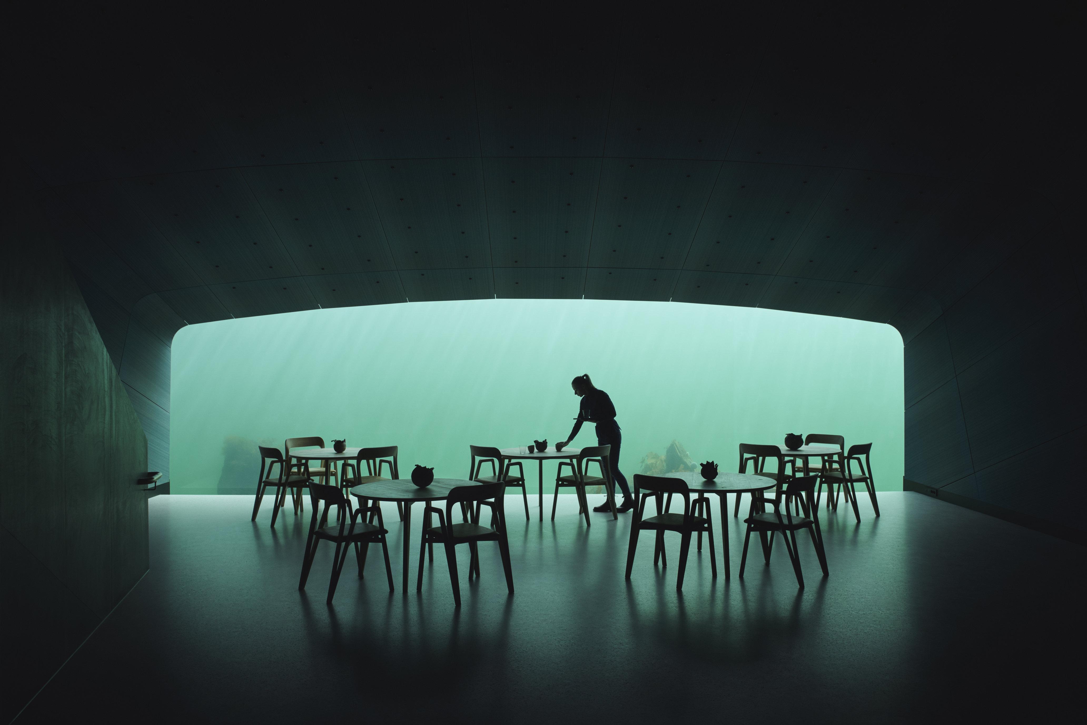 Europas første undervandsrestaurant er åbnet ud for den norske sydkyst
