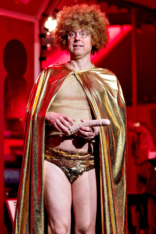 Tivoli-Rytteriet - live i Tivoli-Martin Buch som Stripper Jens