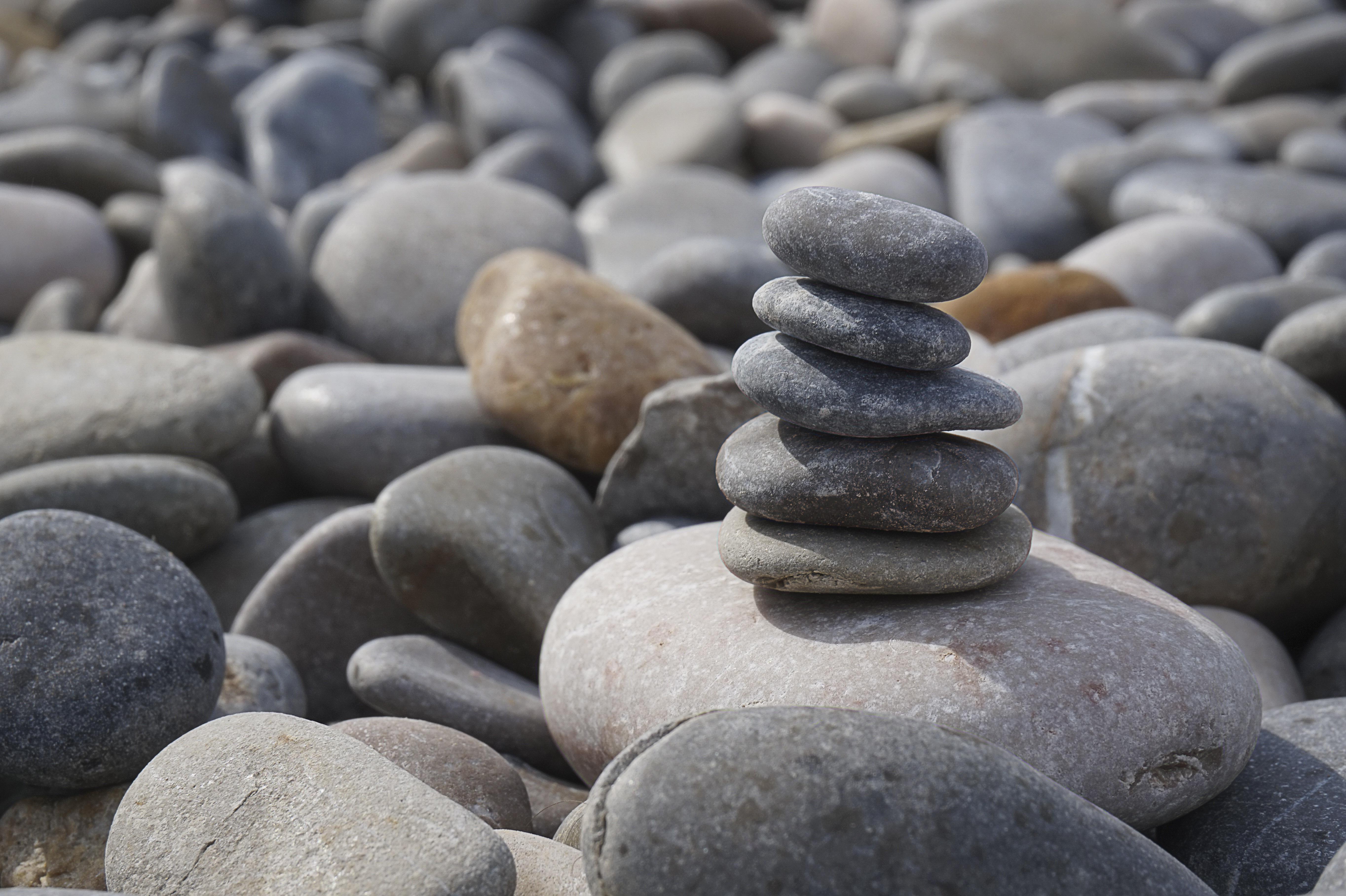 sten grønomstilling vedvarende energi (Foto: Pxhere)