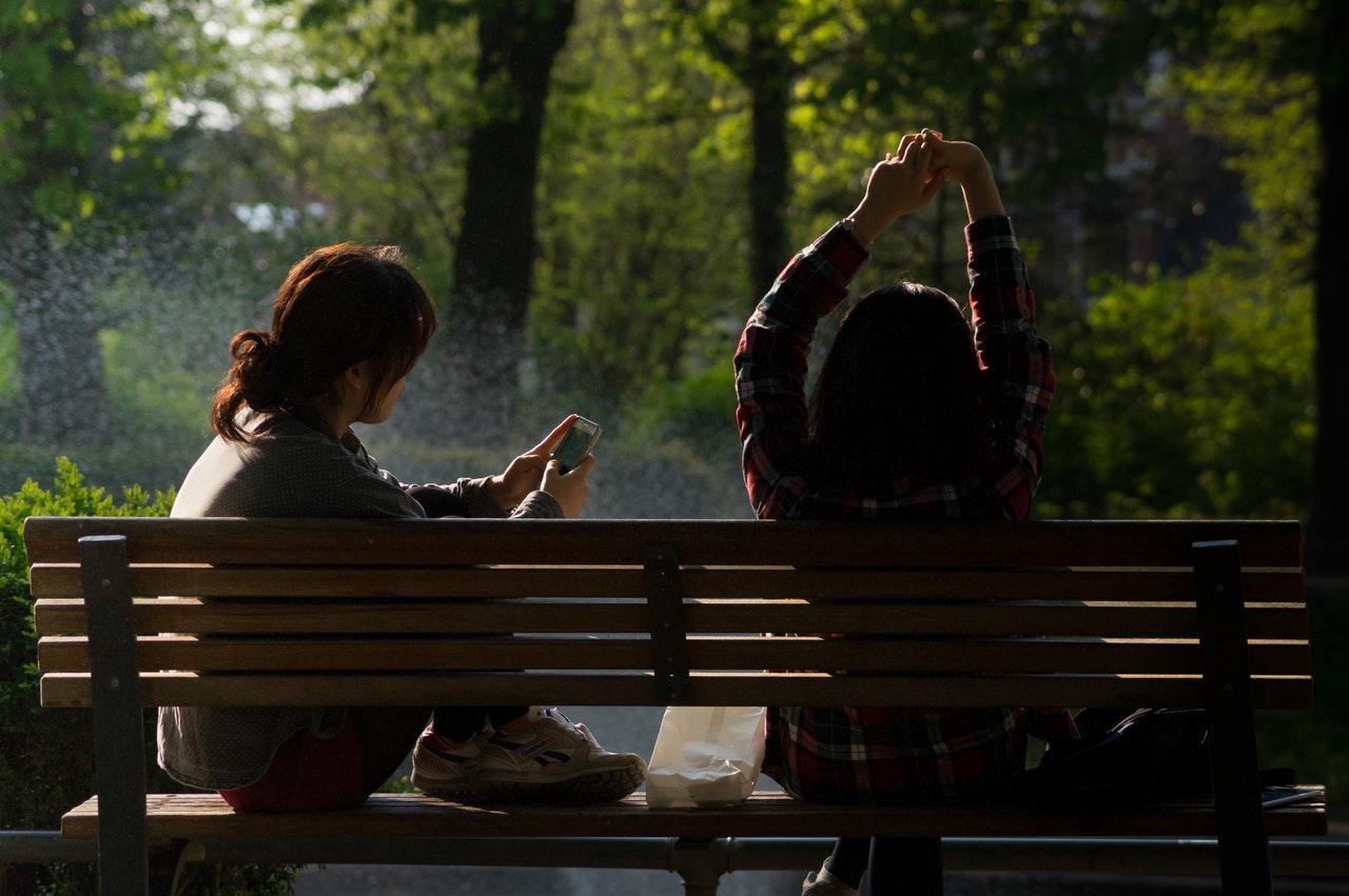 mobil, smartphone, afhængighed, prioritet, venner, venskab, liv, livsstil, virtuelle