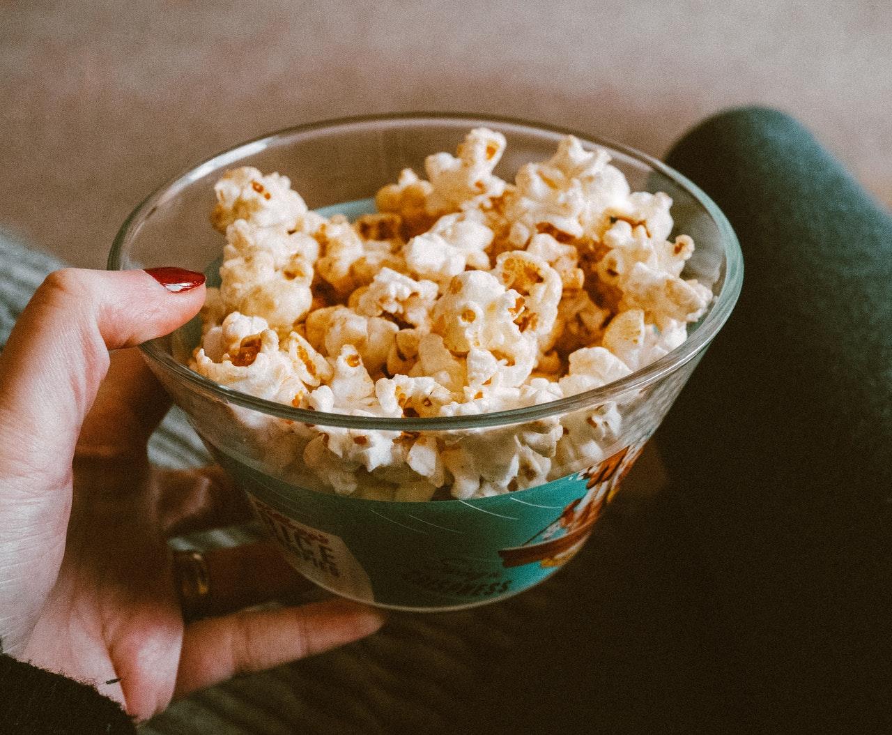 snacks, sunde snacks, sunde alternativer, popcorn, livsstil, hygge, livet, sund, helbred