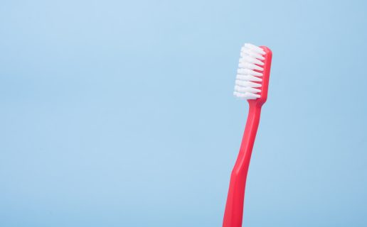 tænder smil tandbørste tandbørstning mund (Foto: Unsplash)